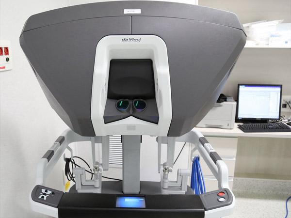 Роботизированная хирургия в Израиле. Робот Да Винчи. Клиника Ихилов